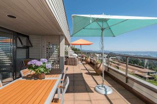 """Photo 18: 45 2238 FOLKESTONE Way in West Vancouver: Panorama Village Condo for sale in """"Panorama Village"""" : MLS®# R2101281"""