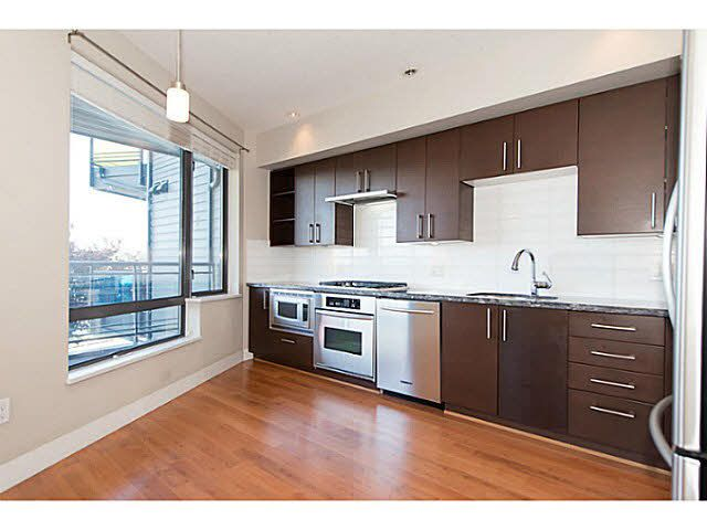 """Photo 10: Photos: 304 14300 RIVERPORT Way in Richmond: East Richmond Condo for sale in """"Waterstone Pier"""" : MLS®# V1098515"""