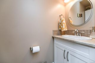 Photo 39: 633 Expeditor Pl in : CV Comox (Town of) House for sale (Comox Valley)  : MLS®# 876189