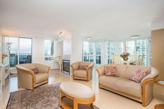 """Photo 4: 3302 1238 MELVILLE Street in Vancouver: Coal Harbour Condo for sale in """"POINTE CLAIRE"""" (Vancouver West)  : MLS®# R2615681"""