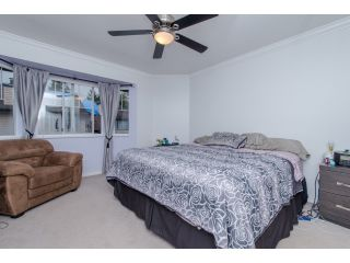 Photo 11: 5 2525 SHAFTSBURY Place in Port Coquitlam: Woodland Acres PQ Townhouse for sale : MLS®# R2013997
