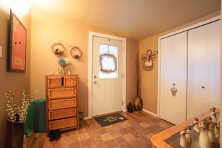 Photo 4: 7 King Crescent in Portage la Prairie RM: House for sale : MLS®# 202121912
