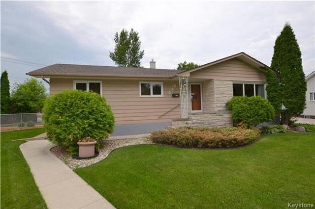 Main Photo: 630 Ian Place in Winnipeg: North Kildonan Residential for sale (3F)  : MLS®# 1717731