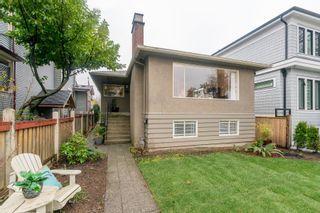 Photo 3: 2090 E 23RD Avenue in Vancouver: Victoria VE House for sale (Vancouver East)  : MLS®# R2252001