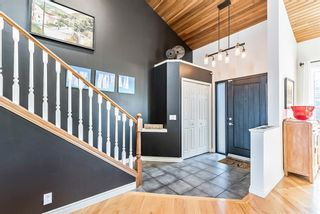 Photo 3: 8 Sunmount Rise SE in Calgary: Sundance Detached for sale : MLS®# A1093811