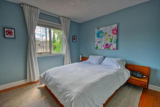 Photo 11: 103 MT ASSINIBOINE Circle SE in Calgary: McKenzie Lake Detached for sale : MLS®# A1119422
