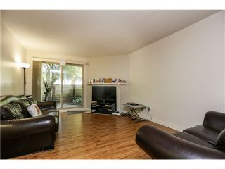 "Photo 3: 10531 HOLLY PARK LN in Surrey: Guildford Townhouse for sale in ""HOLLY PARK"" (North Surrey)  : MLS®# F1404080"