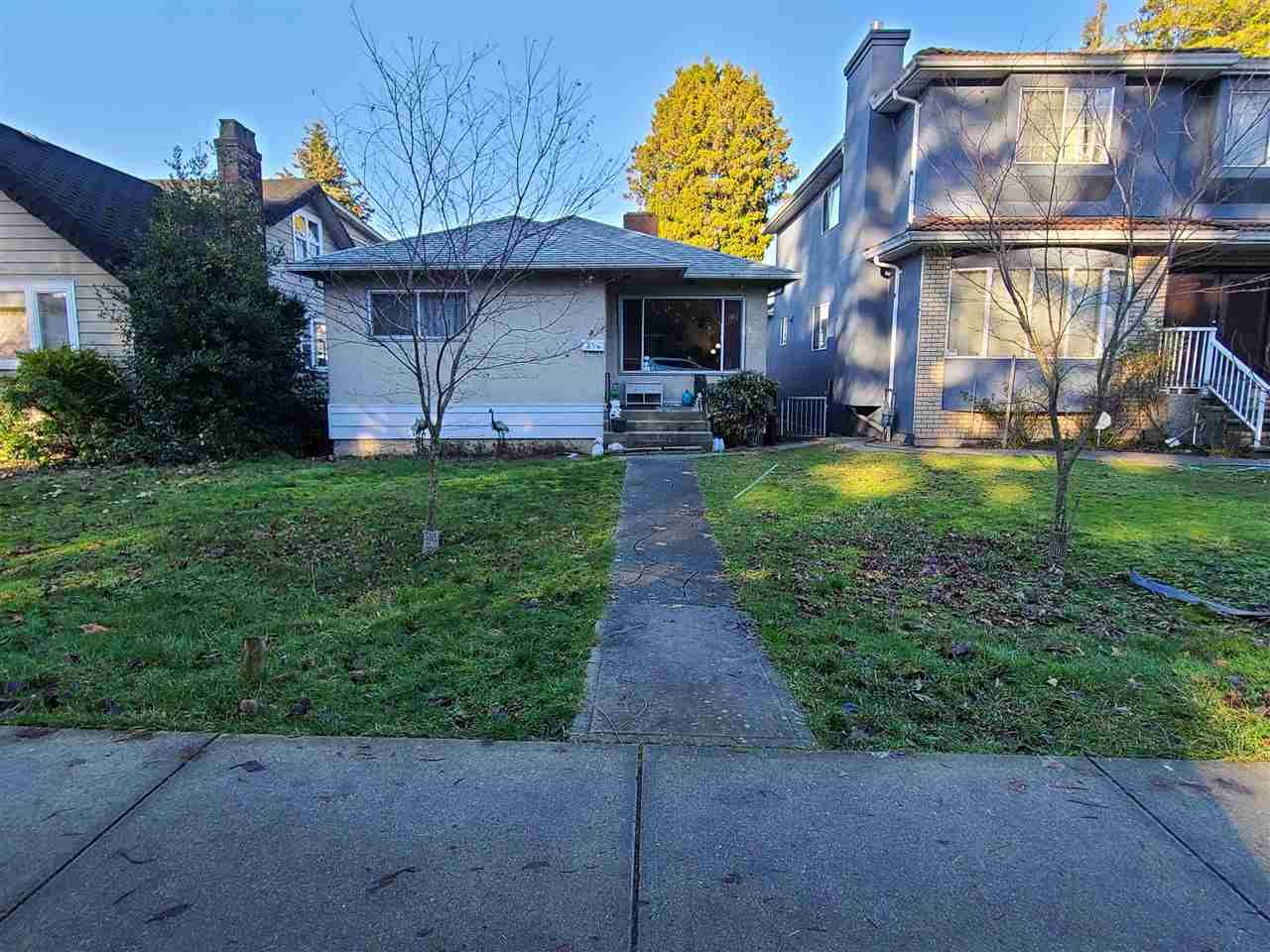 Main Photo: 35 W 49TH Avenue in Vancouver: Oakridge VW House for sale (Vancouver West)  : MLS®# R2530383