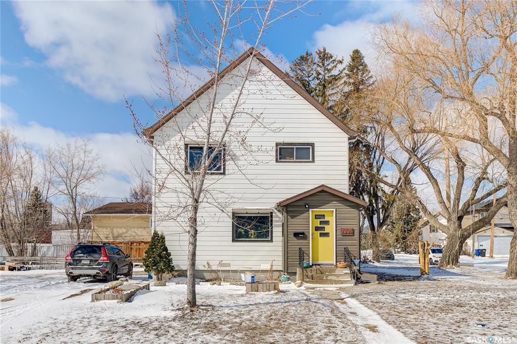 Main Photo: 1221 6th Avenue North in Saskatoon: North Park Residential for sale : MLS®# SK847280