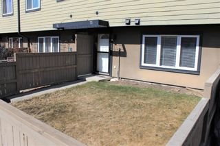 Photo 2: 73 3809 45 Street SW in Calgary: Glenbrook Row/Townhouse for sale : MLS®# A1088587