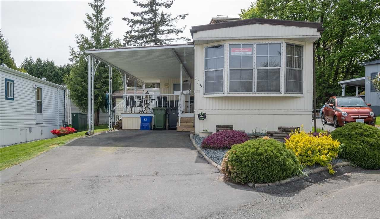 Main Photo: 116 8220 KING GEORGE Boulevard in Surrey: Bear Creek Green Timbers Manufactured Home for sale : MLS®# R2574111