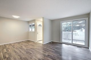 Photo 5: 1 3800 FONDA Way SE in Calgary: Forest Heights Row/Townhouse for sale : MLS®# C4300410