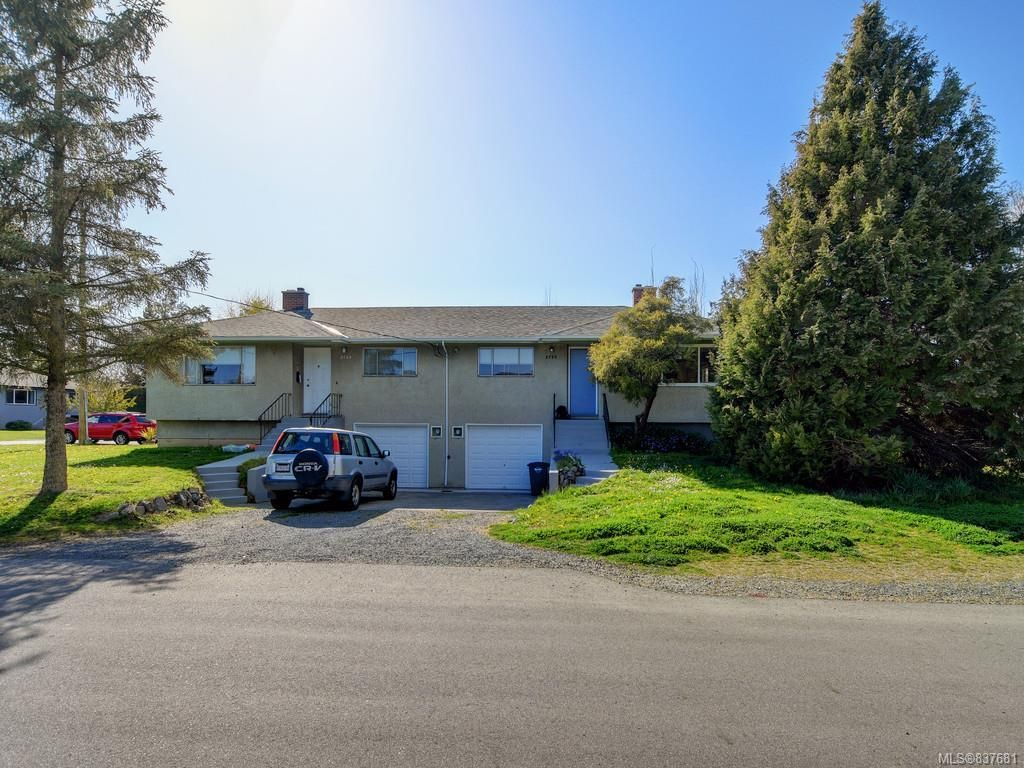 Main Photo: 2780/2790 Dean Ave in Saanich: SE Camosun Full Duplex for sale (Saanich East)  : MLS®# 837681