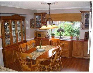 """Photo 3: 19602 OAK Terrace in Pitt_Meadows: Mid Meadows House for sale in """"SOMERSET"""" (Pitt Meadows)  : MLS®# V743608"""