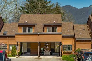 """Photo 1: 522 CARDIFF Way in Port Moody: College Park PM Townhouse for sale in """"EASTHILL"""" : MLS®# R2568000"""