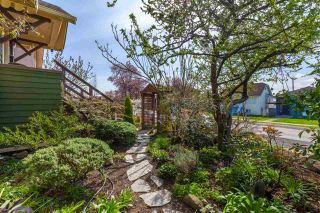 Photo 2: 731 E 57TH Avenue in Vancouver: South Vancouver House for sale (Vancouver East)  : MLS®# R2561275