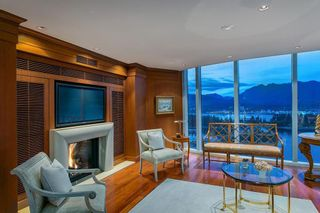 Photo 7: 3002 1281 CORDOVA STREET in Vancouver West: Coal Harbour Home for sale ()  : MLS®# R2111791