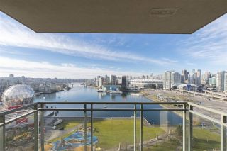 """Photo 3: 1905 1128 QUEBEC Street in Vancouver: Mount Pleasant VE Condo for sale in """"THE NATIONAL"""" (Vancouver East)  : MLS®# R2232561"""