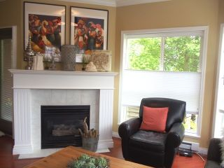 Photo 4: 201 1630 154TH Street in South Surrey White Rock: Home for sale : MLS®# F1214459