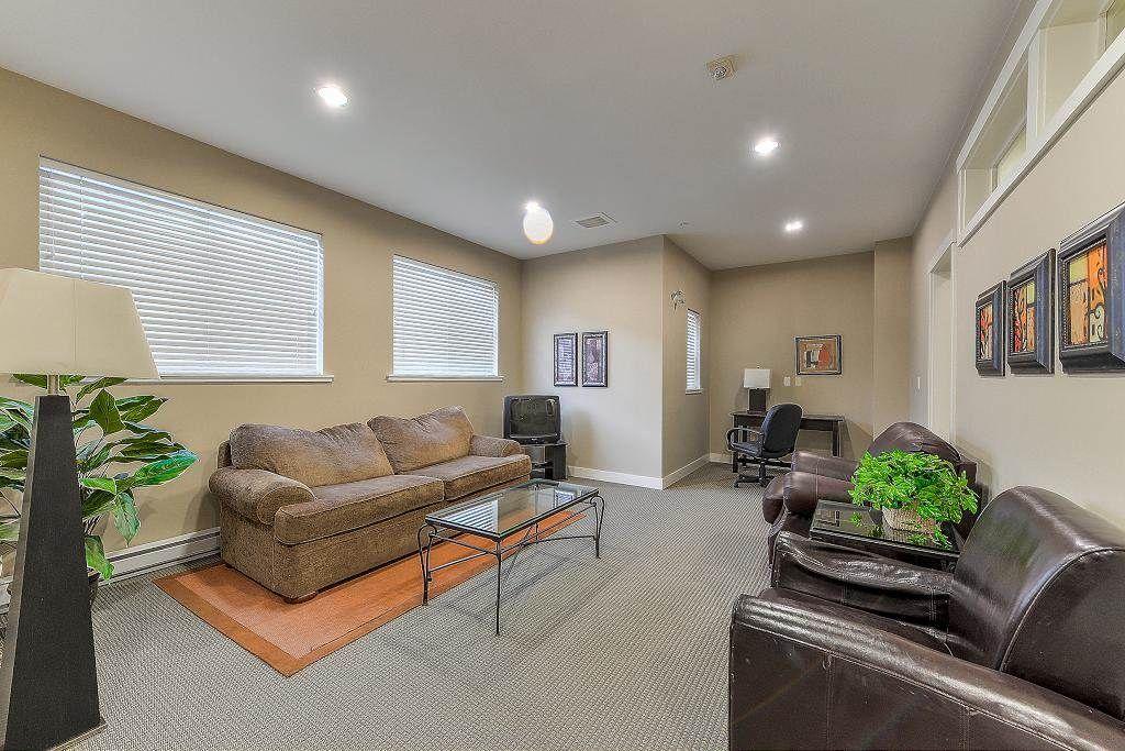 "Photo 18: Photos: 401 19366 65 Avenue in Surrey: Clayton Condo for sale in ""LIBERTY"" (Cloverdale)  : MLS®# R2213841"
