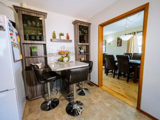 Photo 3: 9835 74 Street in Edmonton: Zone 19 House for sale : MLS®# E4253593