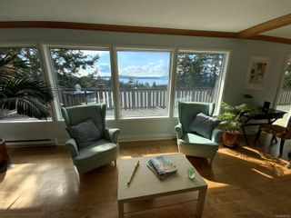 Photo 6: 3703 Signal Hill Rd in : GI Pender Island House for sale (Gulf Islands)  : MLS®# 870335