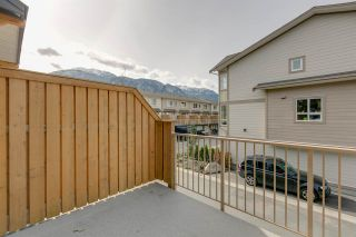 """Photo 17: 43 1188 WILSON Crescent in Squamish: Dentville Townhouse for sale in """"The Current"""" : MLS®# R2259461"""