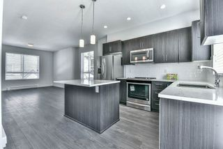 Photo 8: 59 14555 68 Avenue in Surrey: East Newton Townhouse for sale : MLS®# R2209199