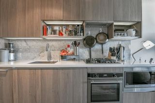 Photo 4: 3910 13696 100 AVENUE in Surrey: Whalley Condo for sale (North Surrey)  : MLS®# R2289448