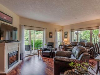 Photo 5: 109 1156 Colville Rd in : Es Gorge Vale Condo for sale (Esquimalt)  : MLS®# 851602