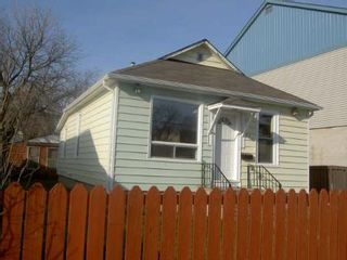 Photo 11: 684 MCGEE ST.: Residential for sale (Canada)  : MLS®# 2718471