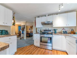 """Photo 10: 34 8254 134TH Street in Surrey: Queen Mary Park Surrey Manufactured Home for sale in """"WESTWOOD ESTATES"""" : MLS®# R2563882"""