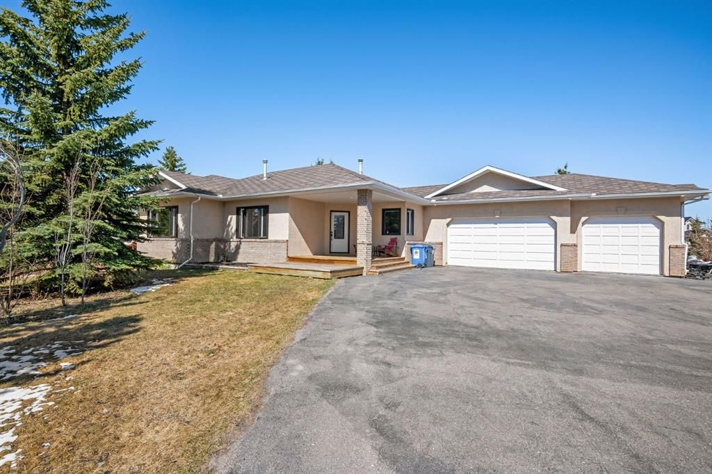 Main Photo: 100 Biggar Heights Close in Rural Rocky View County: Rural Rocky View MD Detached for sale : MLS®# A1098509
