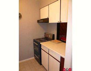 """Photo 15: 114 11816 88TH Avenue in Delta: Annieville Condo for sale in """"Sungod Villa"""" (N. Delta)  : MLS®# F2717365"""