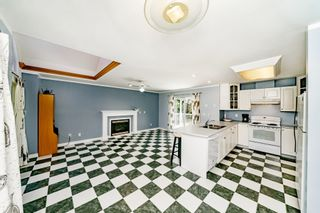 "Photo 9: 7517 BURGESS Street in Burnaby: Edmonds BE House for sale in ""Edmonds / Cariboo"" (Burnaby East)  : MLS®# R2402148"