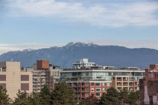 """Photo 15: 901 120 MILROSS Avenue in Vancouver: Mount Pleasant VE Condo for sale in """"The Brighton"""" (Vancouver East)  : MLS®# R2223429"""