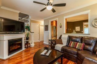 """Photo 8: 47 6521 CHAMBORD Place in Vancouver: Fraserview VE Townhouse for sale in """"La Frontenac"""" (Vancouver East)  : MLS®# R2469378"""