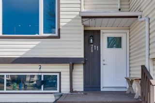 Photo 3: 711 Fonda Court SE in Calgary: Forest Heights Semi Detached for sale : MLS®# A1097814