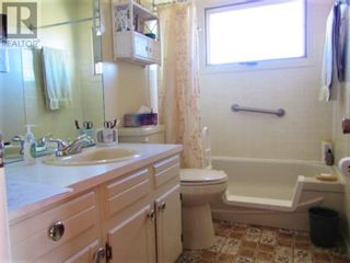 Photo 12: 834043 HIGHWAY 685 in Rural Clear Hills County: House for sale : MLS®# A1050461