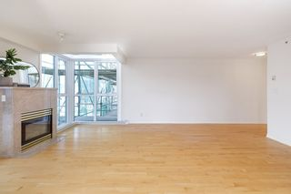 """Photo 9: PH2C 2988 ALDER Street in Vancouver: Fairview VW Condo for sale in """"Shaughnessy Gate"""" (Vancouver West)  : MLS®# R2542622"""