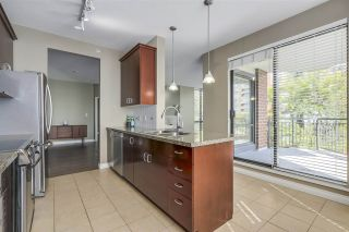 """Photo 9: 301 1550 MARTIN Street: White Rock Condo for sale in """"Sussex House"""" (South Surrey White Rock)  : MLS®# R2309200"""