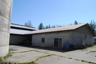 Photo 7: 2208 208 Street in Langley: Campbell Valley House for sale : MLS®# R2562999