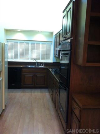 Photo 5: LA JOLLA Twin-home for rent : 3 bedrooms : 6387 Cardeno