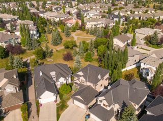 Photo 2: 155 EVERGREEN Heights SW in Calgary: Evergreen Detached for sale : MLS®# A1032723