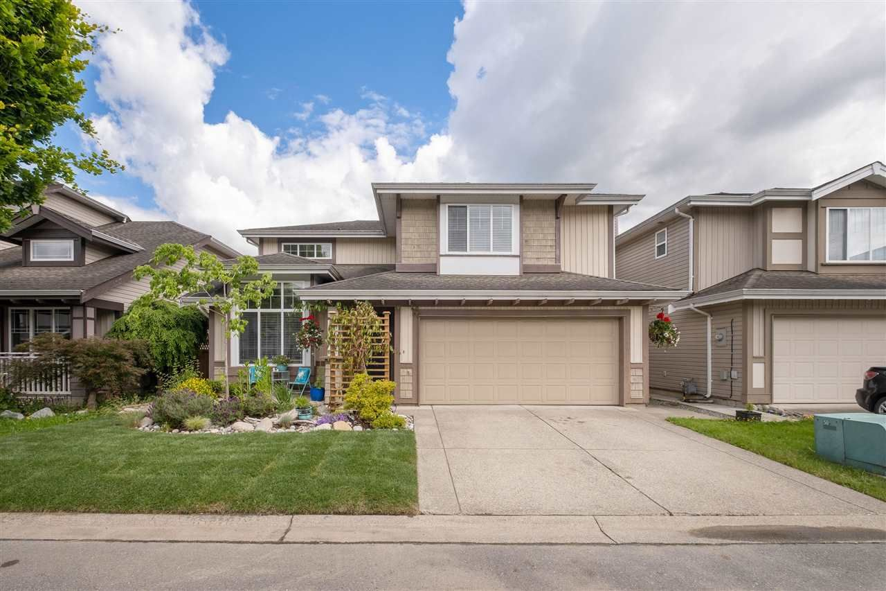 """Main Photo: 9442 202A Street in Langley: Walnut Grove House for sale in """"River Wynde"""" : MLS®# R2612154"""