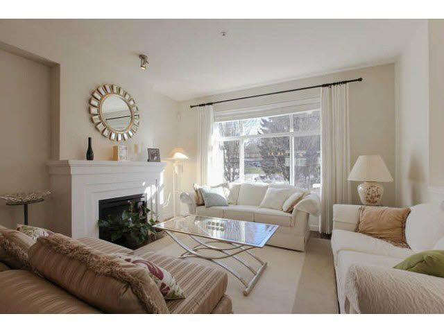 """Main Photo: 691 PREMIER Street in North Vancouver: Lynnmour Townhouse for sale in """"WEDGEWOOD"""" : MLS®# V1106662"""