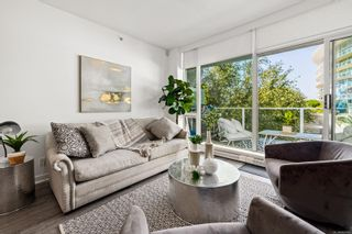Photo 5: T107 66 Songhees Rd in Victoria: VW Songhees Condo for sale (Victoria West)  : MLS®# 883450