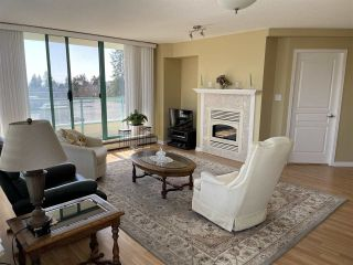 """Photo 4: 303 15466 NORTH BLUFF Road: White Rock Condo for sale in """"THE SUMMIT"""" (South Surrey White Rock)  : MLS®# R2557297"""