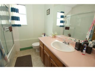 """Photo 20: 6017 189TH Street in Surrey: Cloverdale BC House for sale in """"CLOVERHILL"""" (Cloverdale)  : MLS®# F1423444"""