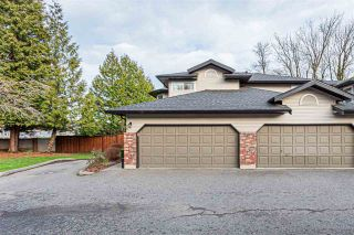 """Photo 2: 25 36060 OLD YALE Road in Abbotsford: Abbotsford East Townhouse for sale in """"Mountain View Village"""" : MLS®# R2428827"""
